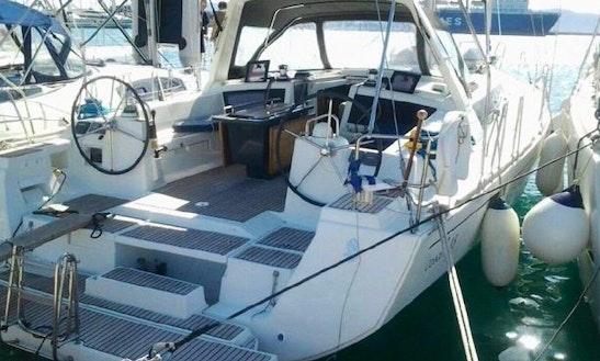 Charter 48' Beneteau Oceanis 48 Cruising Monohull In İstanbul, Turkey