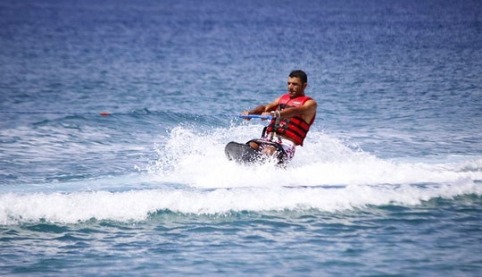 Enjoy Kneeboarding In Amman, Jordan