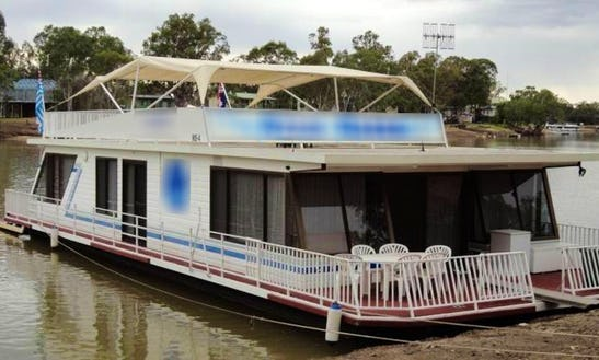 Hire Houseboat (3-7 Nights) In Morgan, South Australia