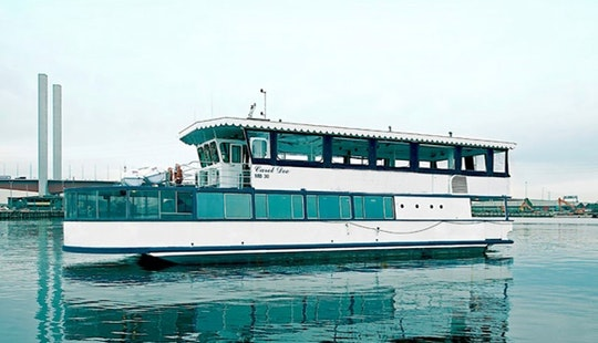 Stunning Party Boat Cruises In Docklands, Victoria For 20 People