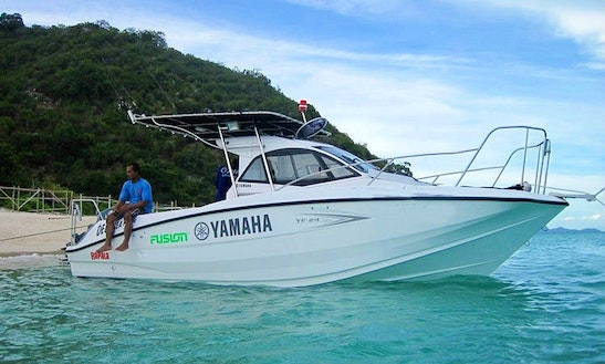 Enjoy 25 Ft Yamaha - Yf Charter In Muang Pattaya Chang Wat Chon Buri