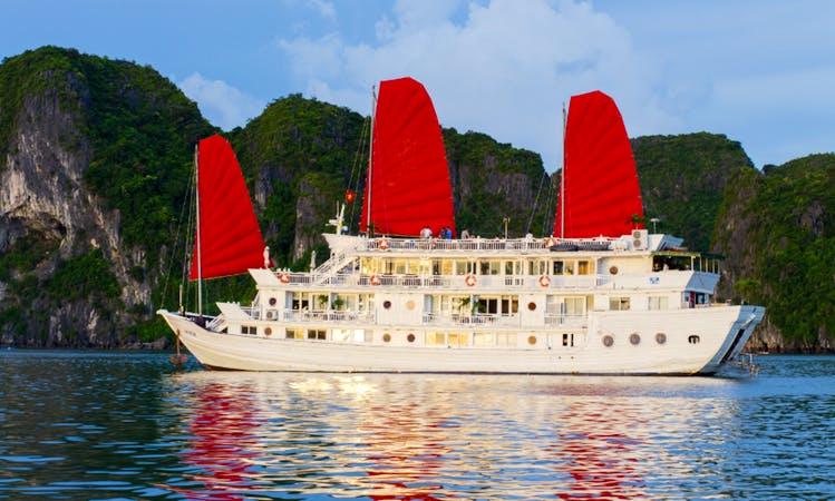 Enjoy Cruising in Hà Nội, Vietnam on Passenger Boat
