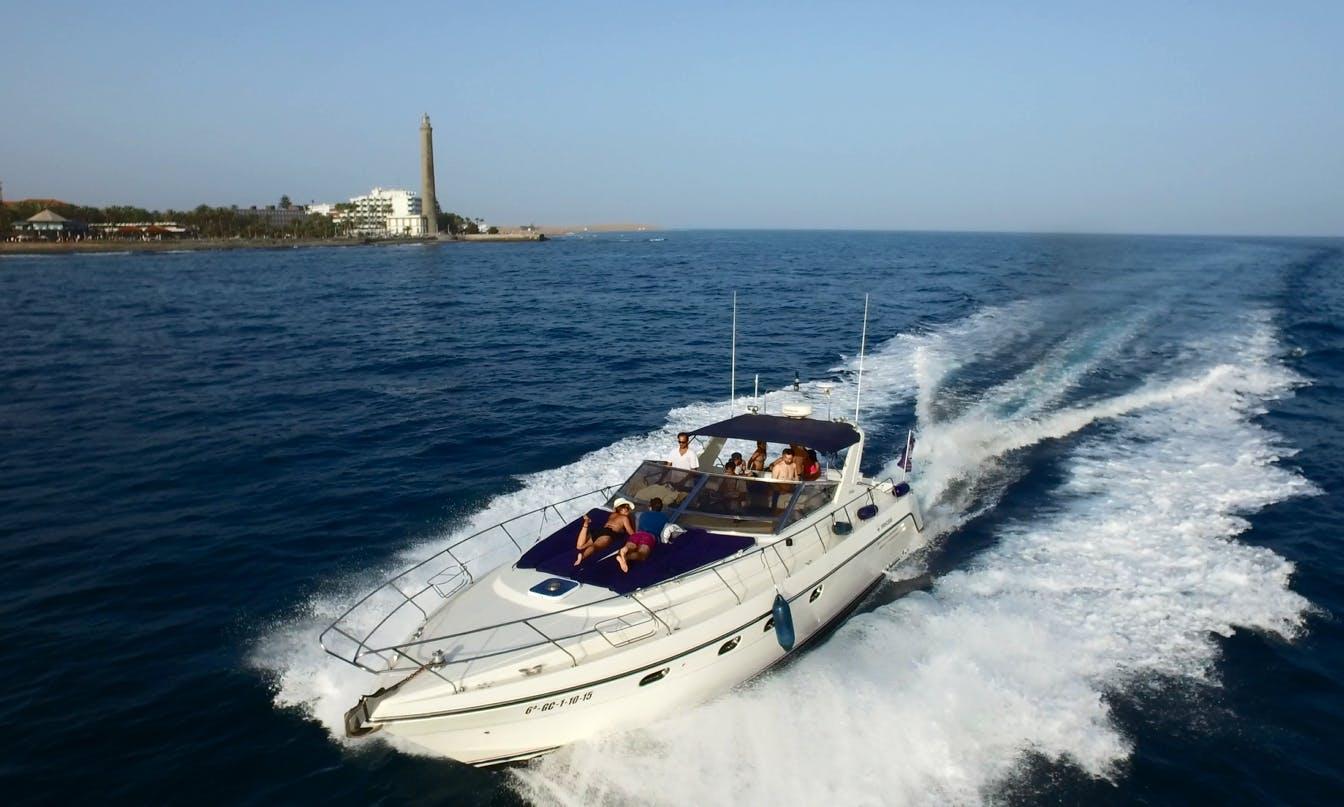 Motor Yacht Rental in Gran Canaria