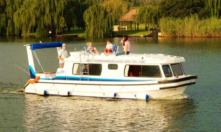 2c516fddf1d Rent Houseboat on The Vaal River in Free State