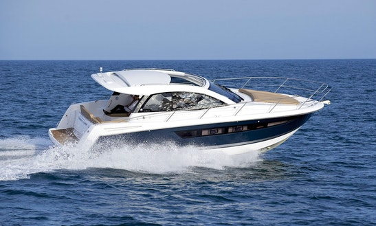 Charter A Leader 9 Motor Yacht In Saint-tropez, France
