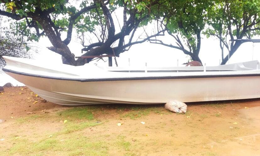 Enjoy Fishing in Mirissa, Sri Lanka on Dinghy