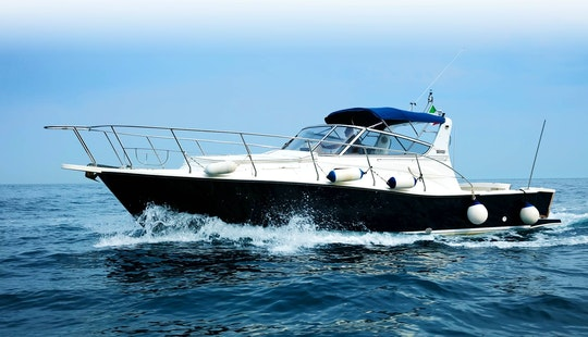 Charter A Motor Yacht In Piano Di Sorrento, Italy