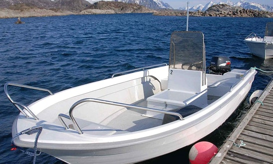 Rent 18' Silver Viking Center Console In Kabelvåg, Nordland