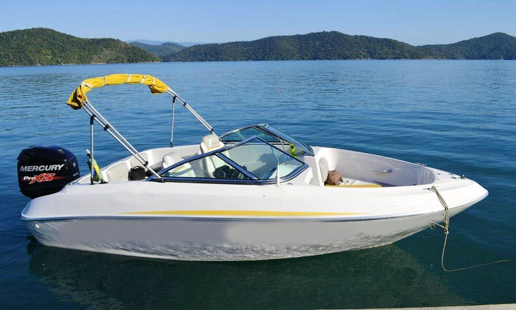 18' Ventura Bowrider Charter in Paraty, Brazil