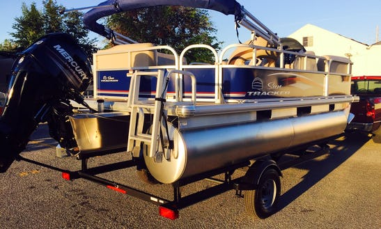 Pontoon For Rent In Kissimmee - Boats Delivered To You!