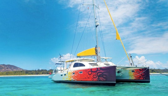 Charter 43' Copper Sunset Leopard Cruising Catamaran In Trou-aux-biches, Pamplemousses