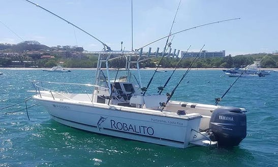 21ft Walkaround T-top Fishing Charter In Tamarindo, Costa Rica