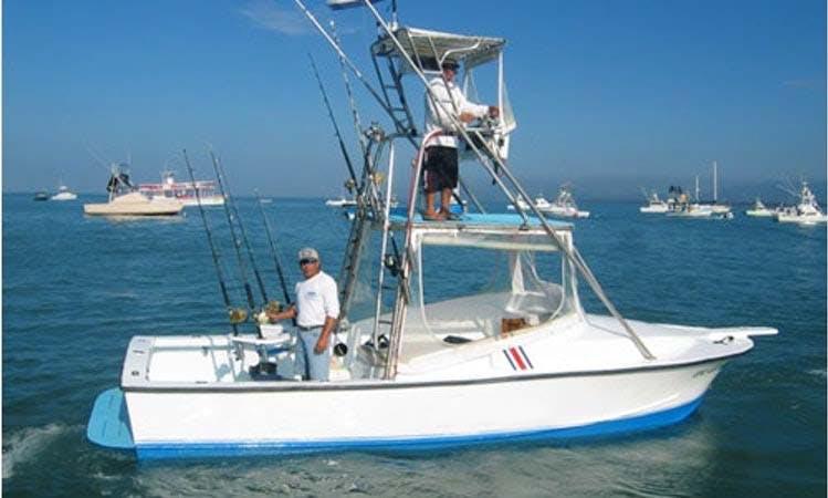 "28ft ""Bluefin I"" Sportfisherman Boat Charter In Puntarenas, Costa Rica"