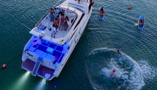 47' Azimut Motor Yacht Rental In Puerto Aventuras