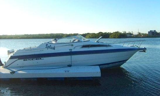 Charter 27' Excel Motor Yacht In Boca Del Río, Mexico