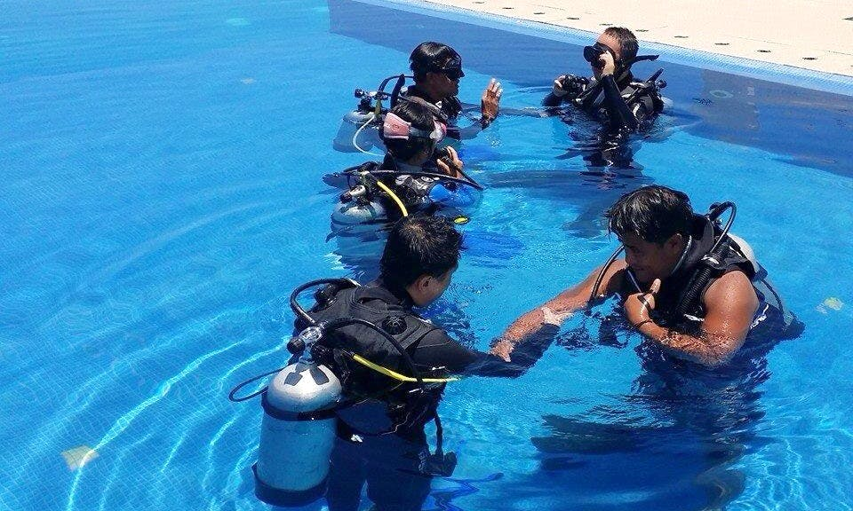 Try our Discover Scuba Diving Program in the Philippines