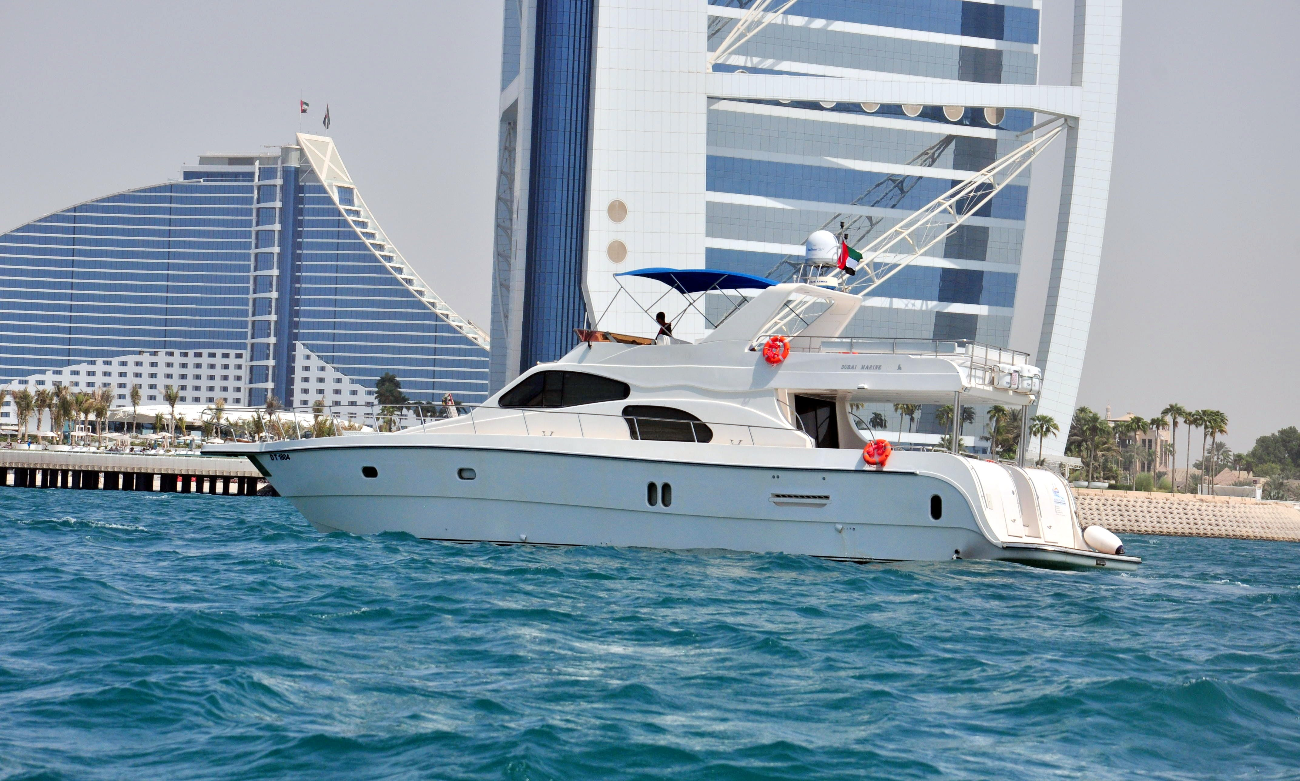 Excellent offshore Cruising Experience in Dubai, UAE