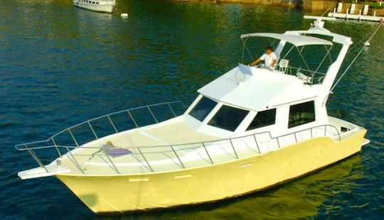 Charter 52' Katarinas Power Mega Yacht In Acapulco, Mexico