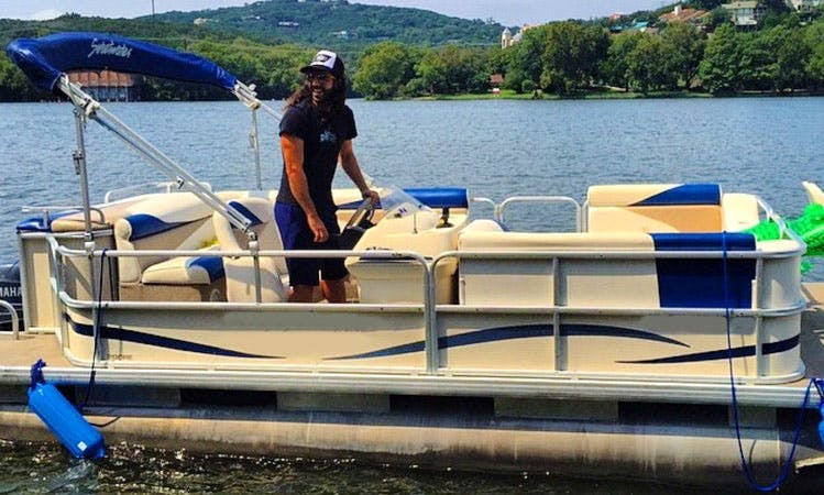 20' Pontoon Rental In Austin, Texas