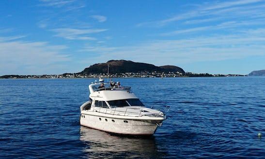 Motor Yacht For Rent In Ålesund
