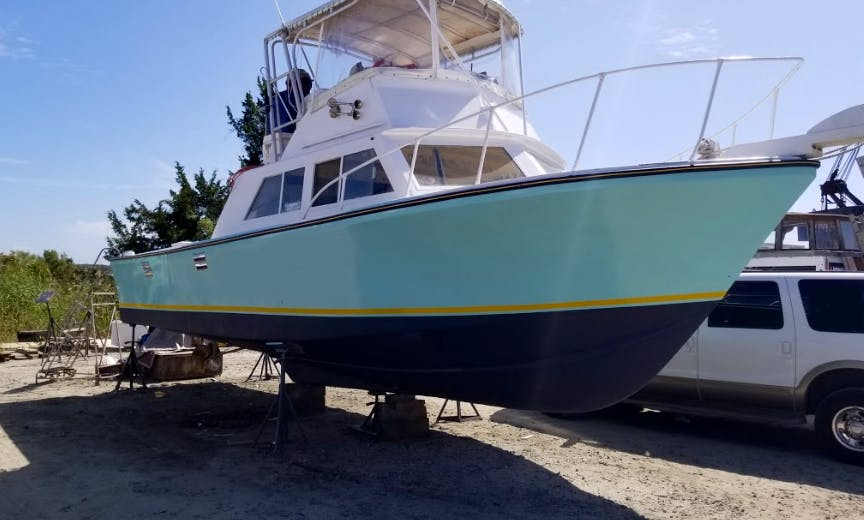 Fishing Charter On 35' Custom Sport Fisherman Yacht In Southport, North Carolina
