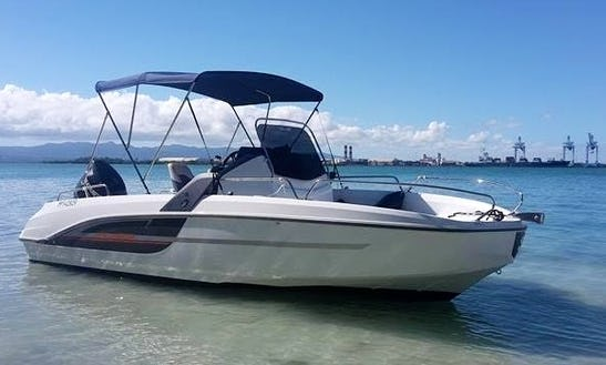 Rent This Flyer 6.6 Spacedeck In Le Gosier, Grande-terre