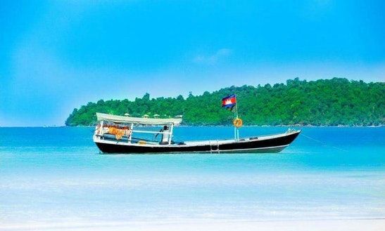 Charter A Traditional Boat In Koh Rong Sanloem, Cambodia