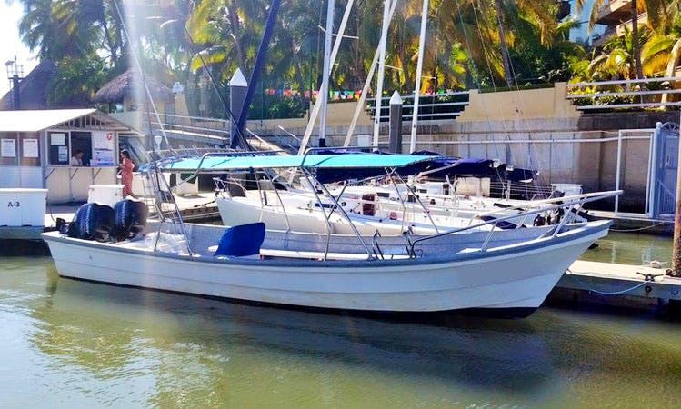 """Flippers"" 26' Panga Fishing Boats Charter in Nuevo Vallarta, Mexico"