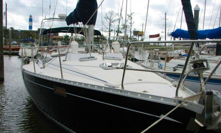 Charter 39ft 'Seazure' Beneteau Sailboat In Kemah, Texas