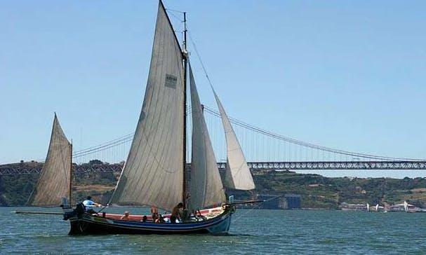 """30ft """"Salvaram-me"""" Sailboat Rental In Lisboa, Portugal"""