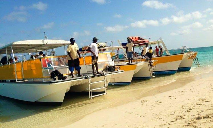 "32ft ""Sundancer"" Power Catamaran Boat Charter in Caicos Islands, Turks and Caicos Islands"