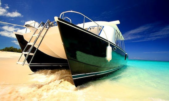 Grace Bay Private Power Catamaran Tours In Turks & Caicos