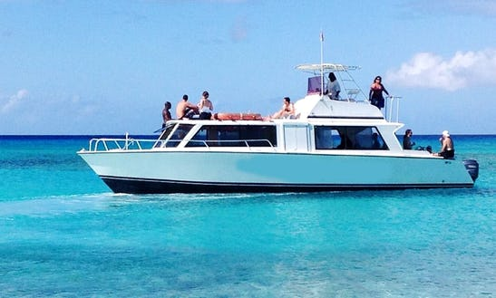 40' Motor Yacht Dive Boat In Caicos Islands, Turks And Caicos Islands