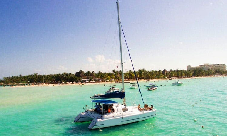 Charter this 37ft ft Cruising Catamaran for a Boat Party in Cancún, Quintana Roo