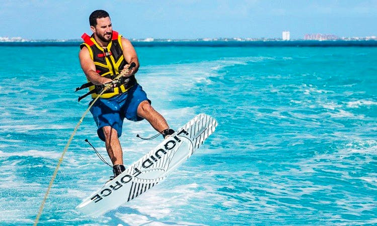 Water Skiing in Cancún on a Sea Ray Sundeck