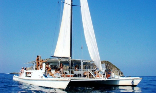 Luxury ''tom Cat' 'cruising Catamaran Charter In Costa Rica
