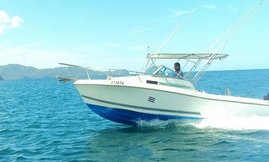 27' Cuddy Cabin Boat For Fishing Charters In Coco, Costa Rica