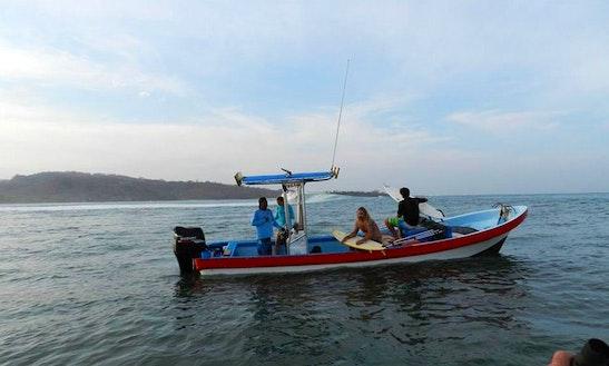 25' Center Console Fishing Charter In Rivas, Nicaragua