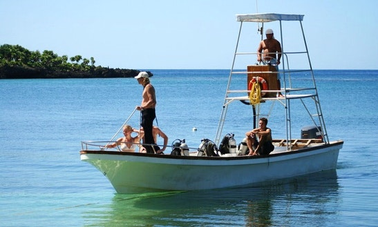 Snorkeling And Diving Trip On The 32 Ft Insidious For 10 People In Roatan, Honduras