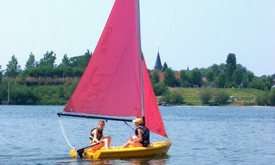 Rent the 2 person Laser Pico Daysailer in Kinrooi, Belgium