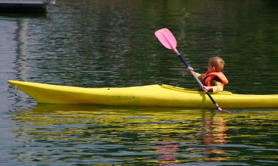 Kayak Rental in Kinrooi, Belgium