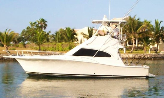 Enjoy Fishing In West Bay, Cayman Islands On 40' Hit N Run