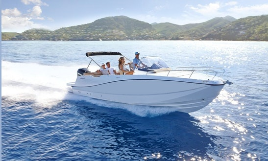 Ultimate Island Hopping Boat - Quicksilver Activ 675 Sundeck