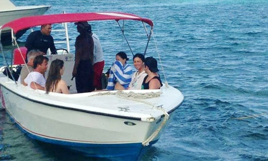 Enjoy Snorkeling Boat Tour In San Pedro, Belize