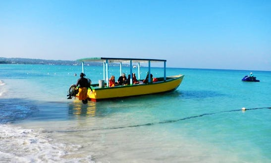 Glass Bottom Tour Boat In Jamaica