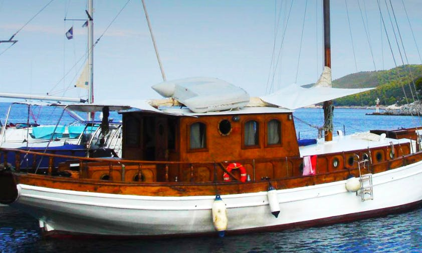 "53ft ""Kapetanissa Ageliki"" Sloop Rental In Volos, Greece"