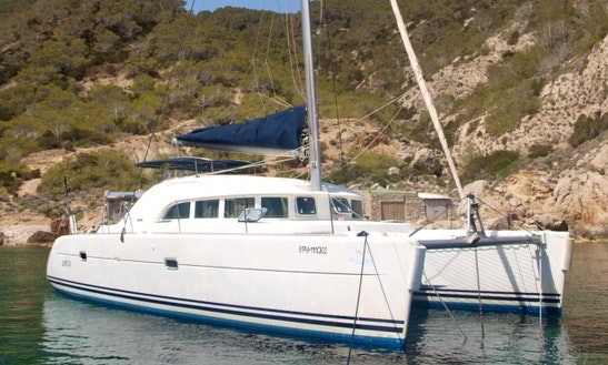Charter 38' Lagoon Cruising Catamaran In Badalona, Spain