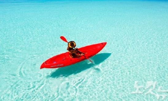 Single Kayak Rental In Seven Mile Beach, Cayman Islands