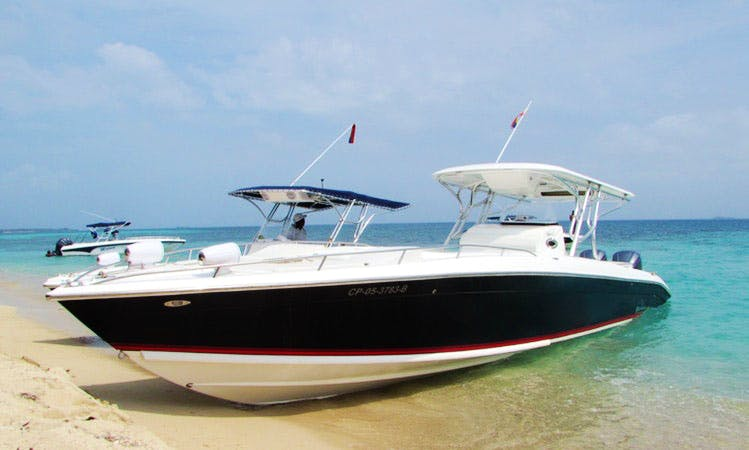 Rent the Bravo 410 Center Console for 20 people in Cartagena, Bolívar