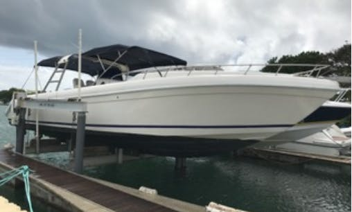 """Charter 37ft """"Nico"""" Motor Yacht In Pointe-à-Pitre, Guadeloupe"""